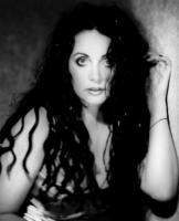 download Sarah Brightman's music