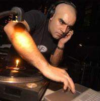 download Paco Osuna's music